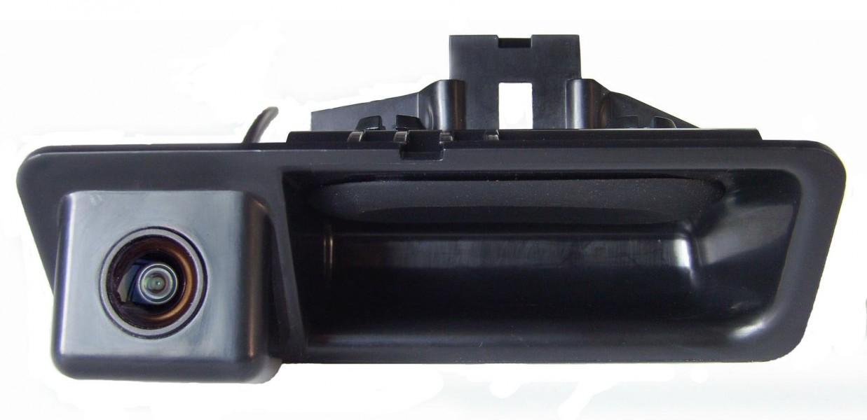 Járműspecifikus tolatókamerák
